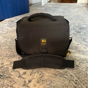 Camera Bag- Ruggard PSB-136B Commando 36 DSLR